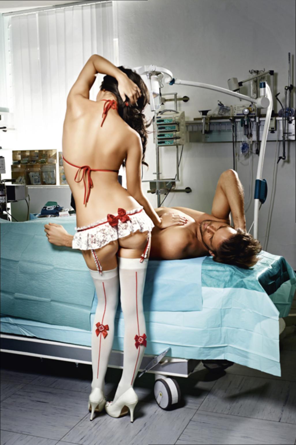 kartinki-medsestri-erotika